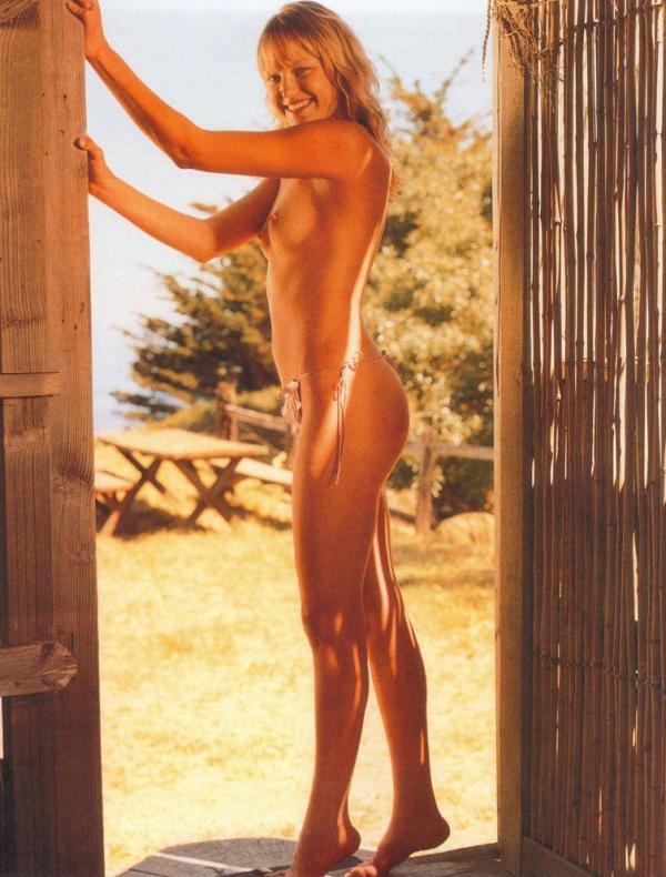 Malin Akerman Nude and Sexy 9