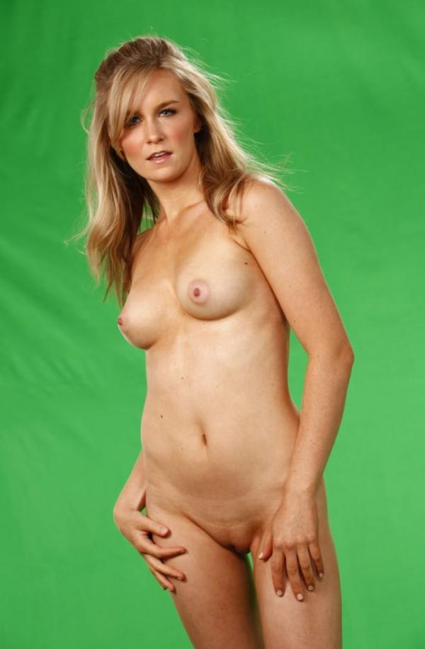 Malorie Mackey Naked 12