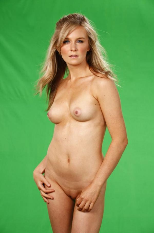 Malorie Mackey Naked 17