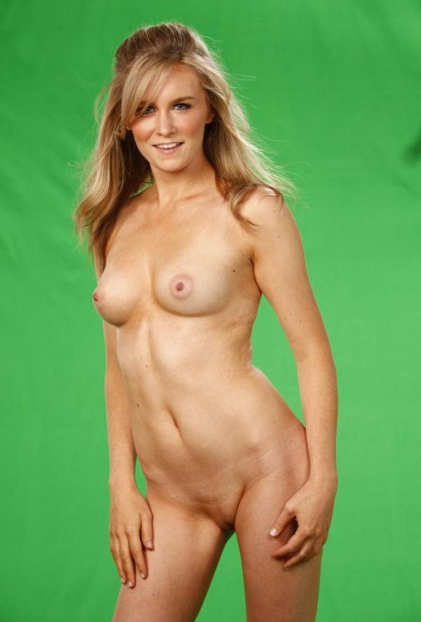 Malorie Mackey Naked 26
