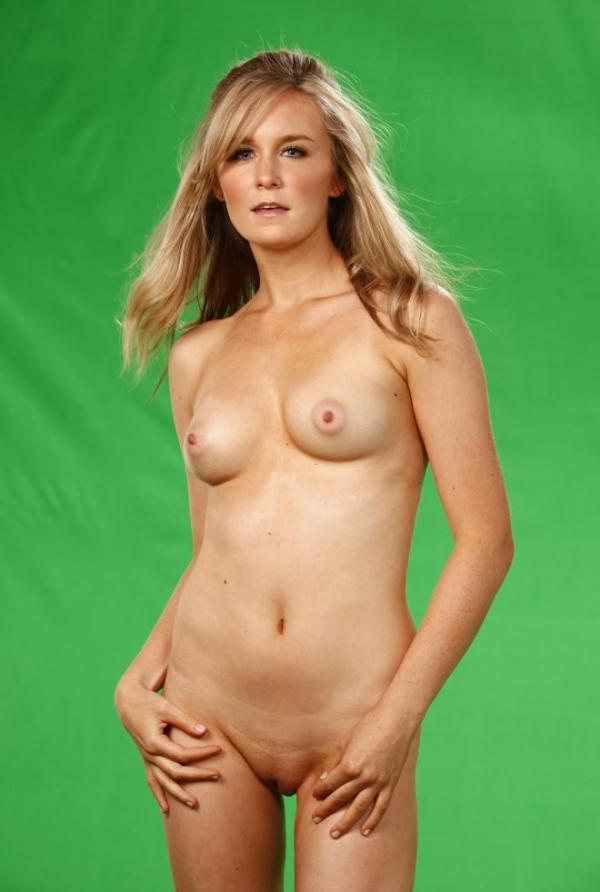 Malorie Mackey Naked 4
