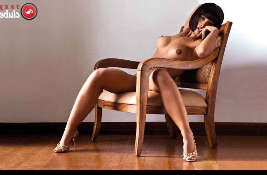 Marcia Gonçalves Naked 15