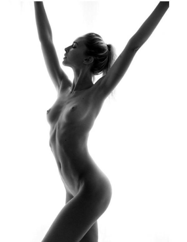 Margot Milani Nude 8