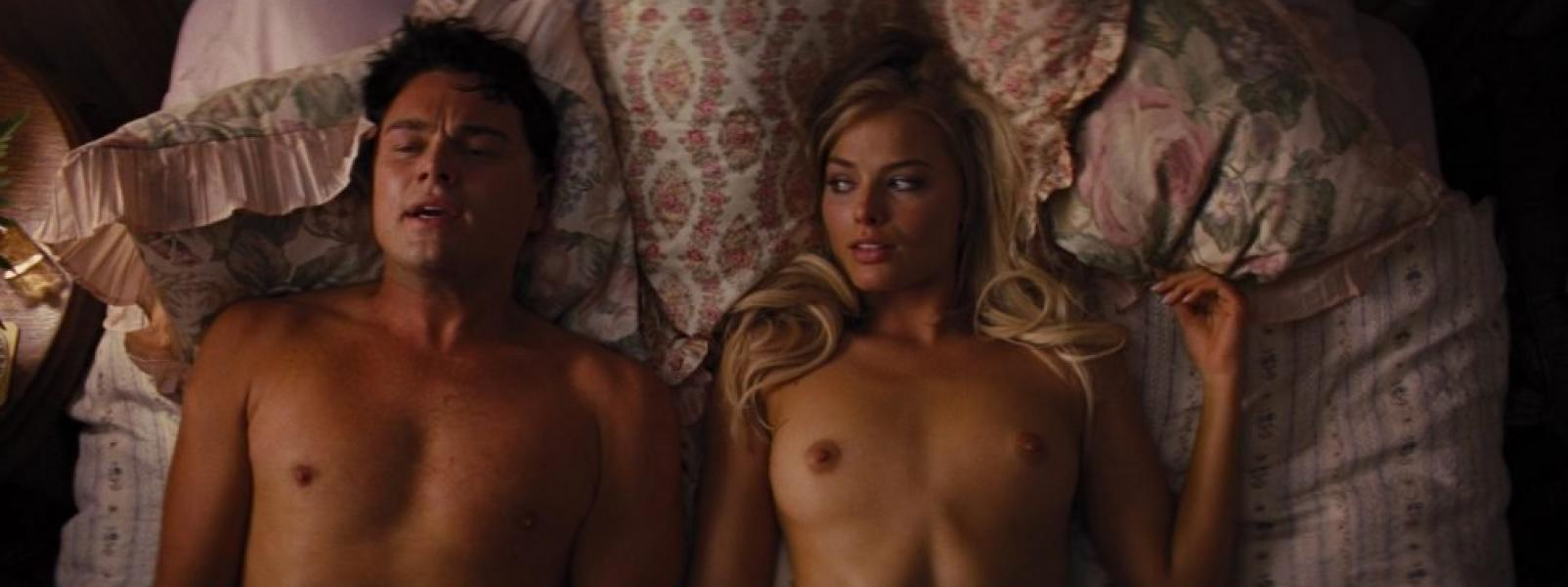 Margot Robbie Nude and Sexy 7