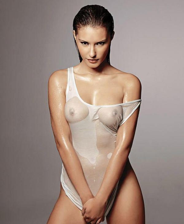 Maria Clara Rodriguez Nude 7