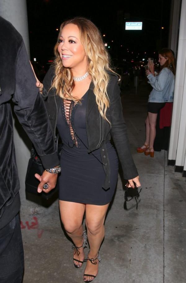 Mariah Carey Braless 10