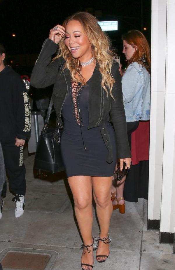 Mariah Carey Braless 12