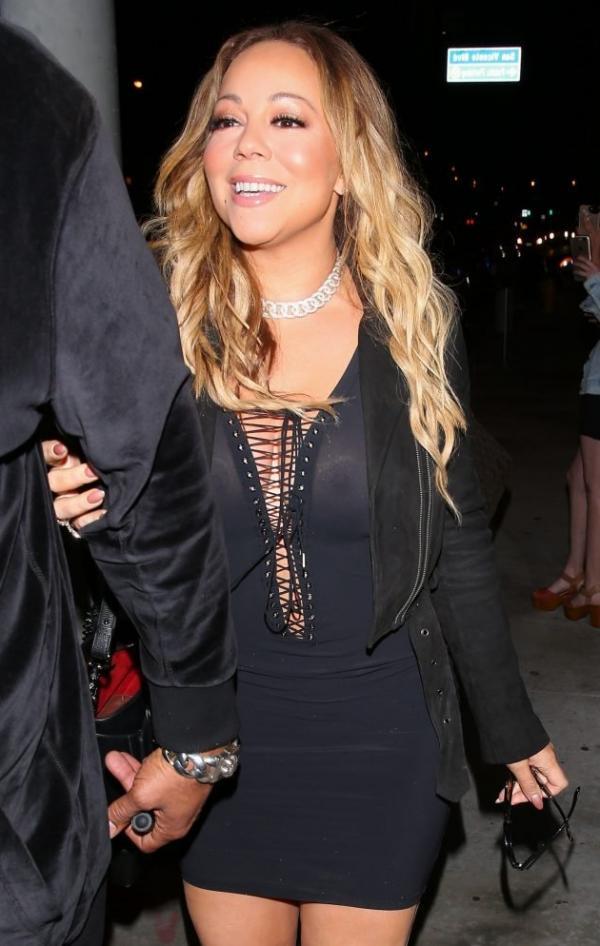 Mariah Carey Braless 13