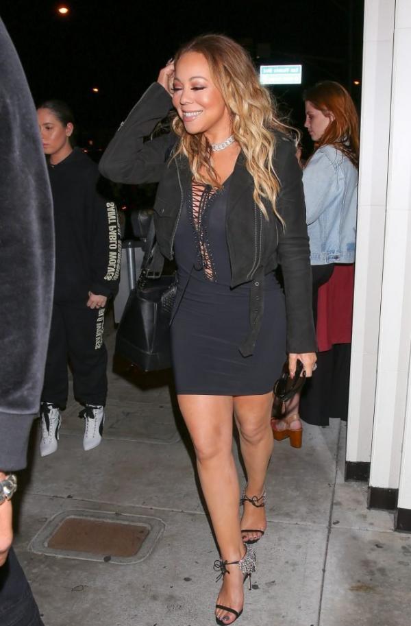 Mariah Carey Braless 14