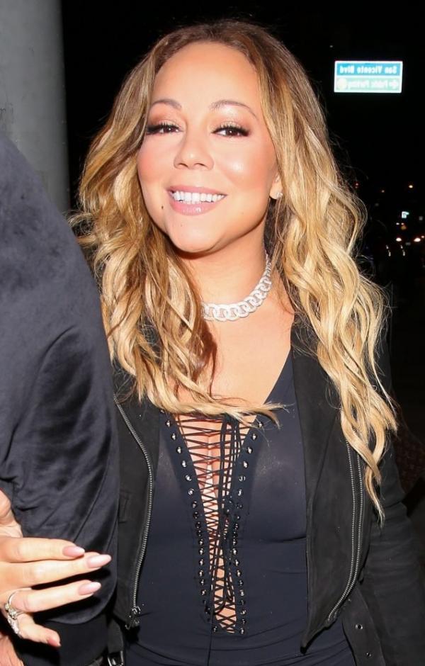 Mariah Carey Braless 15