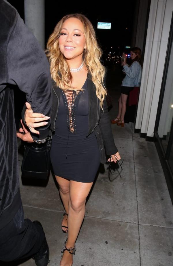 Mariah Carey Braless 18