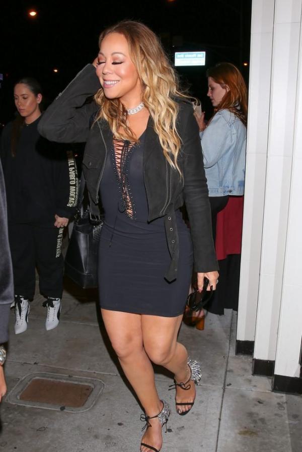 Mariah Carey Braless 19