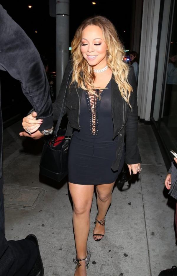Mariah Carey Braless 21
