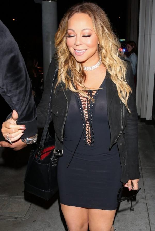 Mariah Carey Braless 22