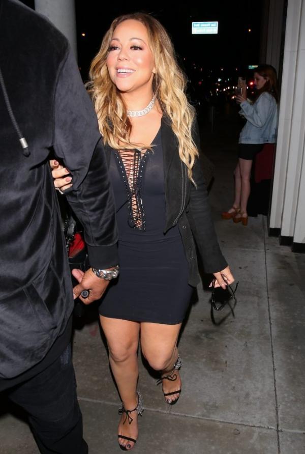 Mariah Carey Braless 26