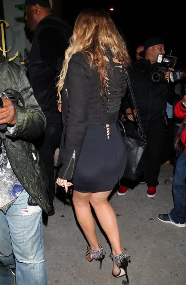 Mariah Carey Braless 32