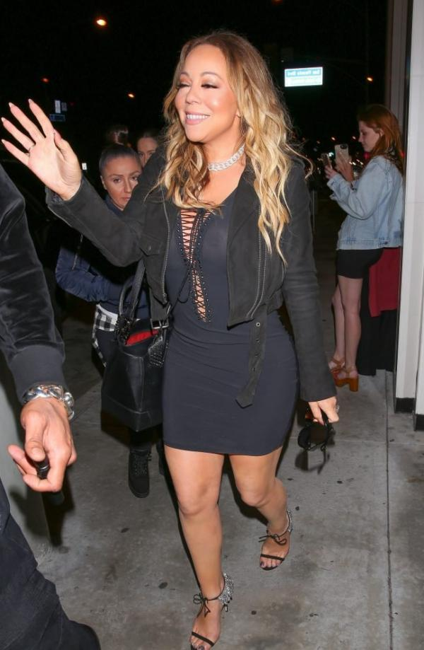 Mariah Carey Braless 33