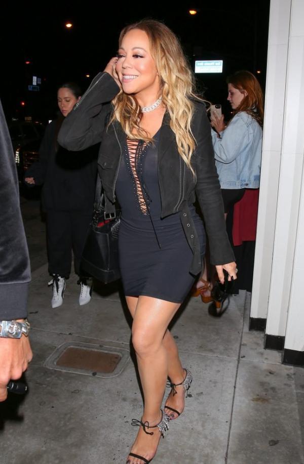 Mariah Carey Braless 6