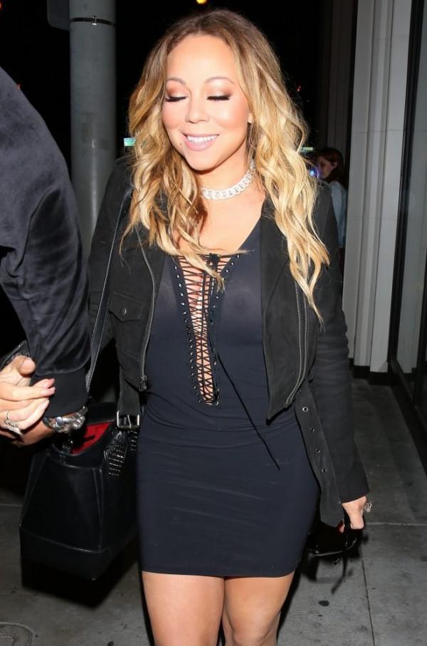 Mariah Carey Braless 9
