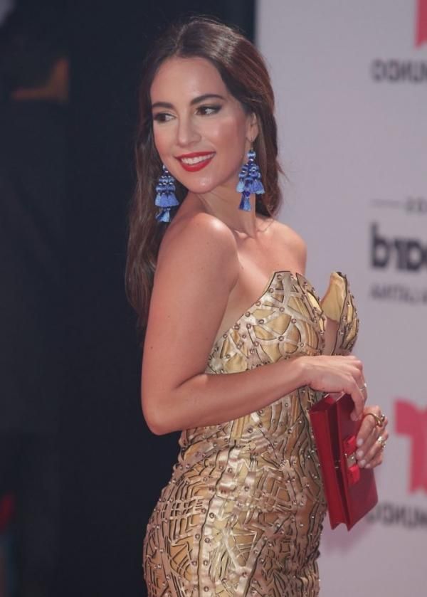 Mariana Atencio Nip Slip 3
