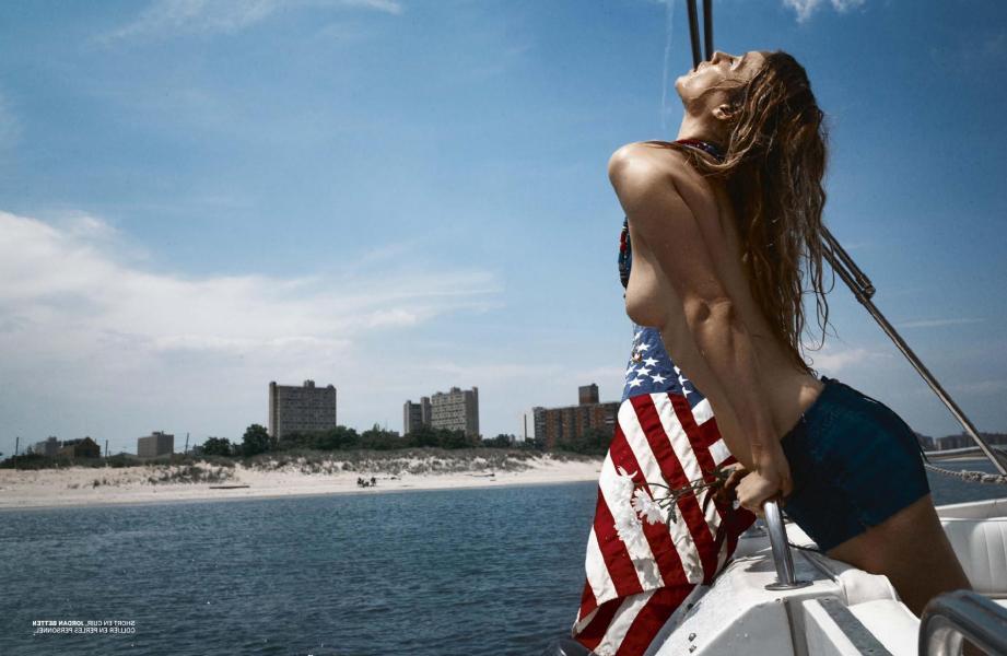 Marie de Villepin Topless 7