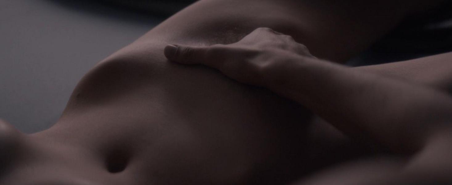 Marion Cotillard Nude – Mal de Pierres 2