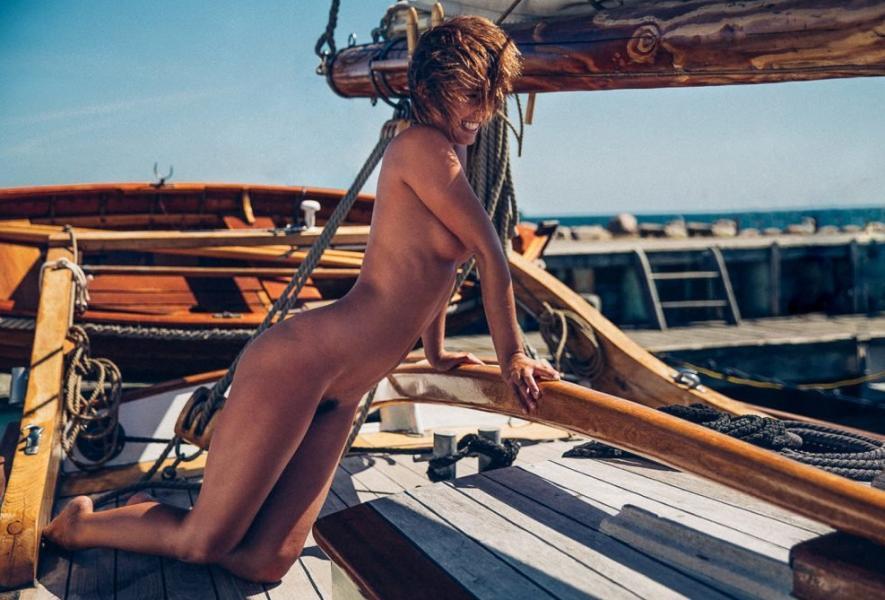 Marisa Papen Naked 15
