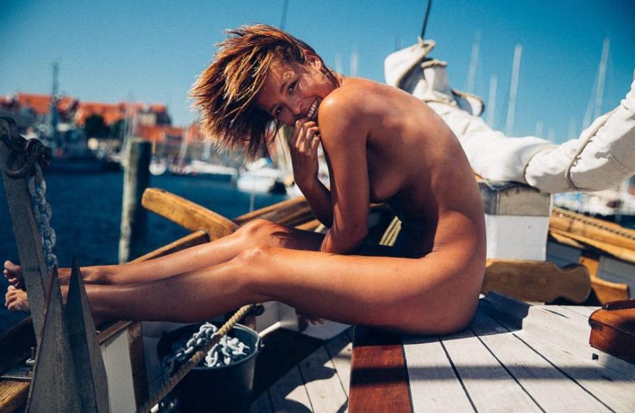 Marisa Papen Naked 17