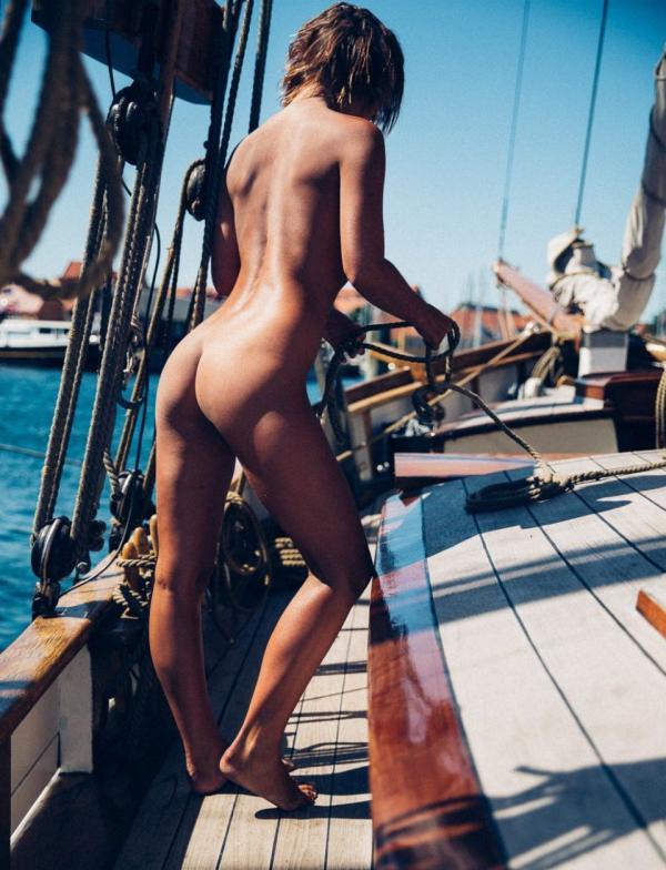 Marisa Papen Naked 3