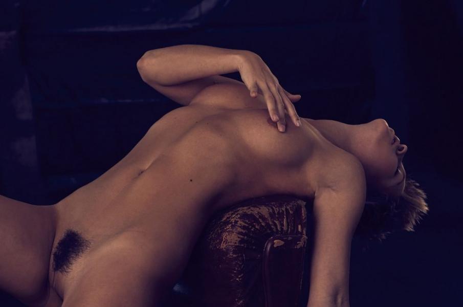 Marisa Papen Nude 10