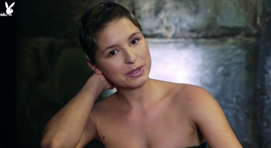 Marisa Papen Nude 34