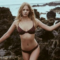 Marloes Horst Sexy and Topless 61